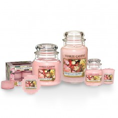 Yankee candles Fresh Cut Roses