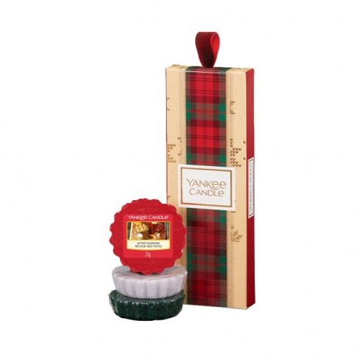 3 Wax Melts - Yankee Candle Christmas Gift Set 2019 Candlemania unpacked.jpg