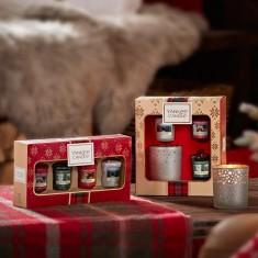 4 Votives - Yankee Candle Christmas Gift Set 2019 Candlemania lifestyle.jpg