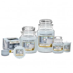 A Calm and Quiet Place Yankee Candle scented candles