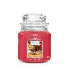 After Sledding - Yankee Candle Medium Jar