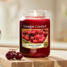 Black Cherry - Yankee Candle Large Jar1