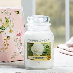 Camellia Blossom - Yankee Candle Lifestyle