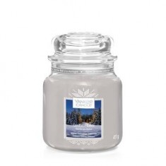 Candlelit Cabin - Yankee Candle Medium Jar