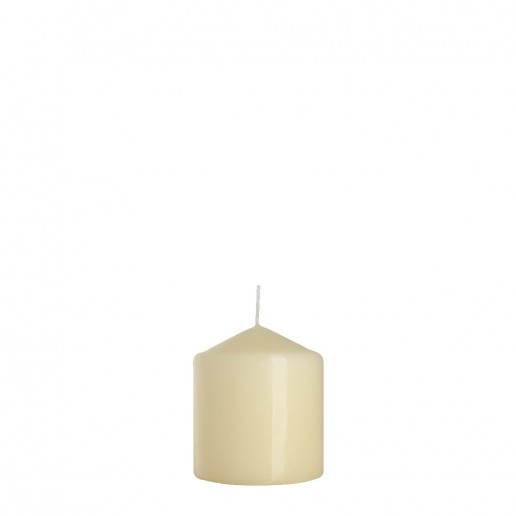 Small ivory pillar candle