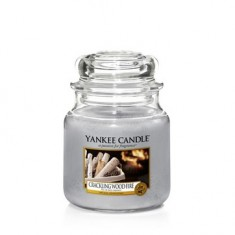 Crackling Wood Fire - Yankee Candle Medium Jar