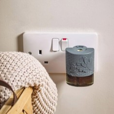 Electric Refill Plug In Base Grey - Yankee Candle lifestyle