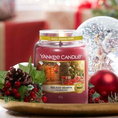 Holiday Hearth - Yankee Candle Lifestyle