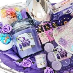 Mother's Day Hamper XL - Lavender Themed left closeup