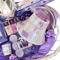 Mother's Day Hamper XL - Lavender Themed right closeup