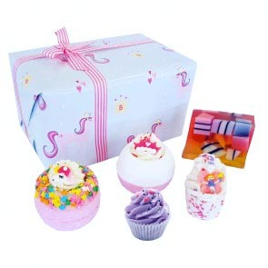 Bomb Cosmetics Sprinkle of Magic Gift Set Bath Bombs and Soap