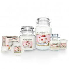 Strawberry Buttercream Yankee Candle scent