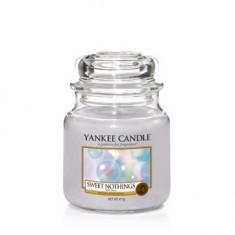 Sweet Nothings - Yankee Candle Medium Jar
