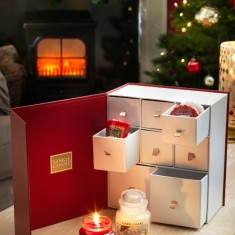 yankee candles christmas surprise