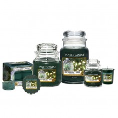 The Perfect Tree Yankee Candle scented candles