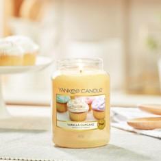 Vanilla Cupcake - Yankee Candle Large Jar