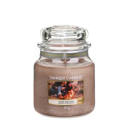 Warm And Cosy - Yankee Candle Medium Jar