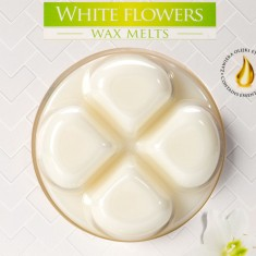 White Flowers Wax Melts closeup